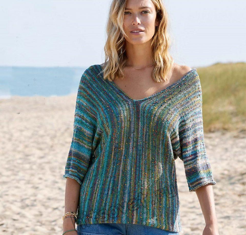Стильный летний пуловер связанный поперек, фото.