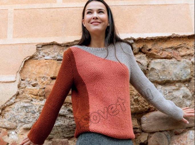 Трехцветный пуловер в технике интарсия